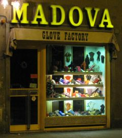 Madova gloves shop
