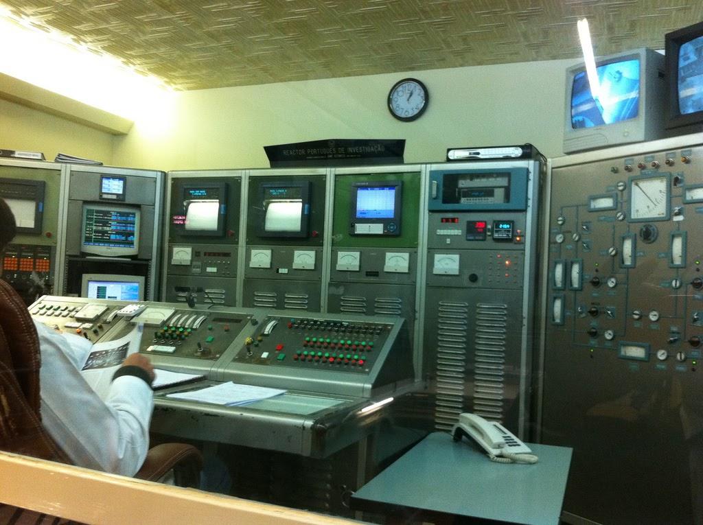 A sala de controlo do reator